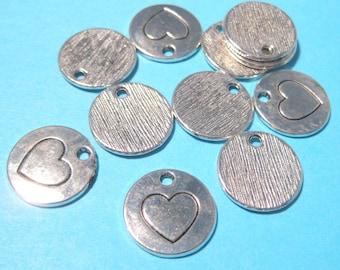 10pcs Antique Silver Round Heart Charms Pendants