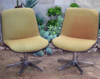 Pair of vintage 'Pollock' style lounge chairs by Cole
