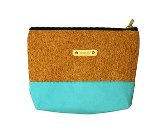 Light blue pouch & Cork