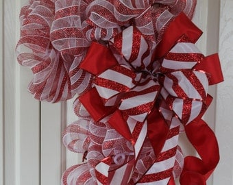 Ready to Ship-Deco Mesh candy cane wreath.  Candy Cane Christmas Decor.  Candy Cane Christmas door hanging.  Double door Holiday decor. Cand