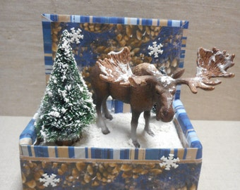 Miniature roombox - moose in the snow
