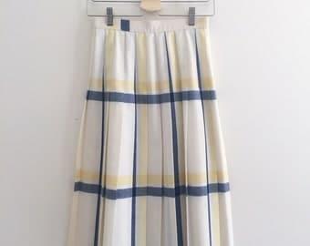 1980s Pleated Midi Plaid Skirt | Classic Retro Petite 80s Skirt | Modest Skirt | XS S