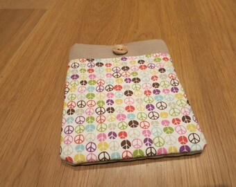 SALE! Peace sign E-Reader padded cover, hippy, hand made in designer print.