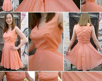 Adorable 1950s/60s Coral Peach Fully Lined Baby Doll Dress and Full Pleated Skirt!