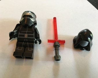 KYLO REN *Back in Stock* - Star Wars The Last Jedi - Lego Compatible / Custom Minifigure