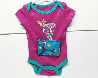 Insulin pump holder bodysuit / 6-9 month