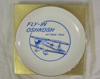 "Plate, Decorative, Souvenir, Oshkosh ""Fly-In"", Wittman Field Oshkosh Wisconsin"