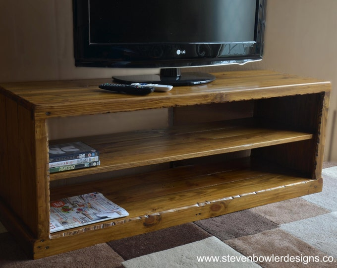 FREE UK Shipping Rustic Reclaimed Wood Country Cottage Style TV Unit Medium Oak Stain Media Console Shelf Handrafted to Order