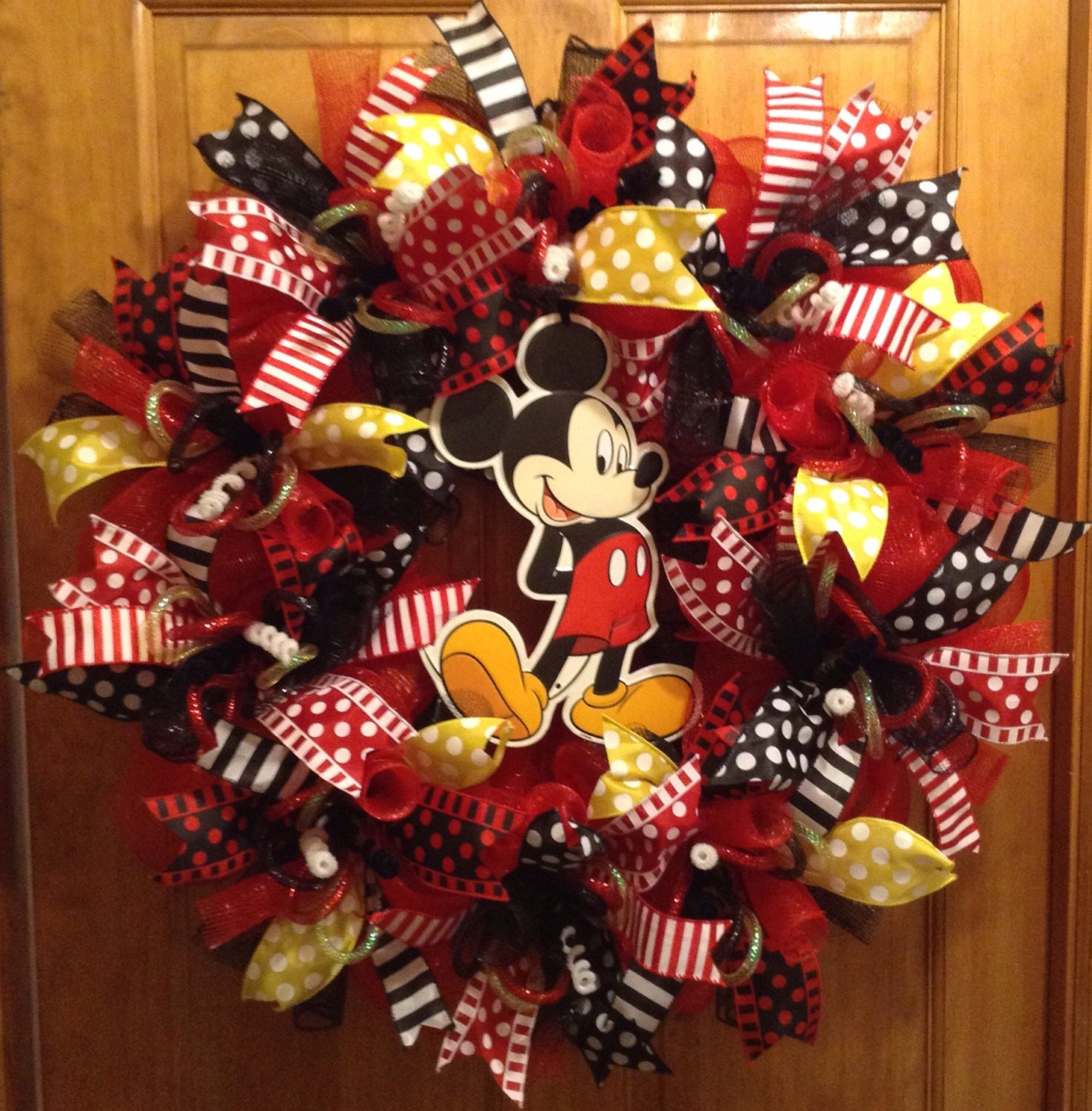 Mickey Mouse deco mesh wreath with metal Mickey center