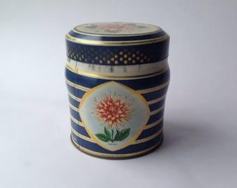 Kemps Finest Quality Chocolate Biscuits Tin. Dahlias 1960s Circular Tin.