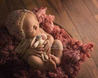 Daisy Bonnet, Pink Newborn Floral Bonnet, Newborn Photo Prop, Lace Bonnet, UK Seller