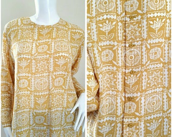 Print Shirt Blouse  Back Button Down Top Size will fit L