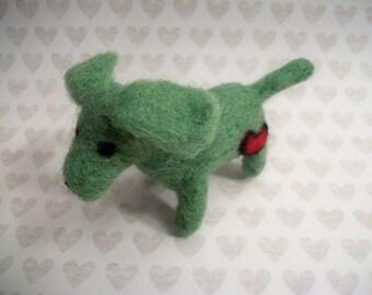 Miniature Dachshund, FeltWithAHeart, Small Felted Dog, Handmade Gift