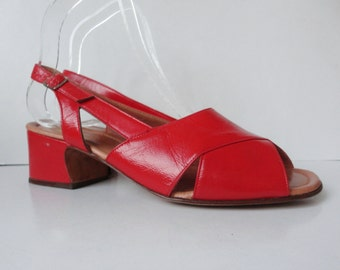 Red 70s DEADSTOCK Vintage Leather Sandals // Growela // Size 37 // Made In Italy