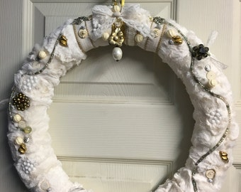 MAJESTIC...a vintage JEWELRY WREATH you will love!