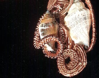Sea shell Wire Wrapped Pendant