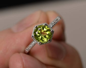 Round Cut Peridot Rings Silver Green Engagement Ring Round Cut Gemstone Jewelry August Birthstone