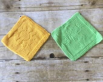 HANDMADE Baby Washcloth Set. Baby shower gift. Gender Neutral. Bath cloth. Microfiber Washcloth. Knit Washcloth