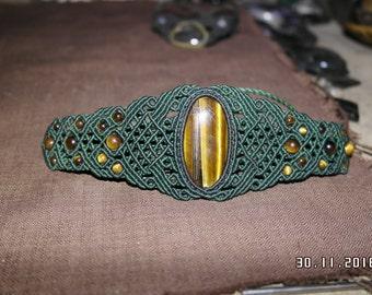 Macrame bracelet with Tigers eye gemstone