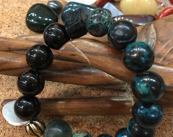 Chrysocolla and Onyx Stretchy Bracelet AAA gem quality