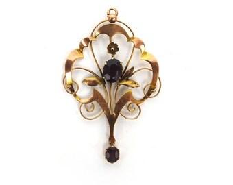 An Art Nouveau Amethyst Pendant
