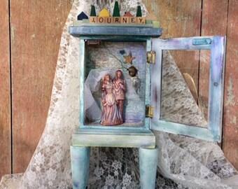 Wedding Shrine Couple Gift Memory Celebration Cake Topper Keeper
