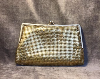 Vintage chain mail metal gold hand clutch purse