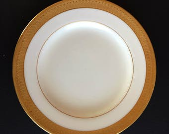 Vintage Buckingham by Minton Tea Side Bread & Butter Plate - With Gold Encrusted Trim