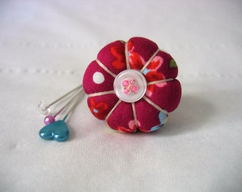 Pin Cushion Ring / Pin Cushion /Vintage Style Pincushion Ring in Magenta / Floral Pincushion / Retro Pincushion
