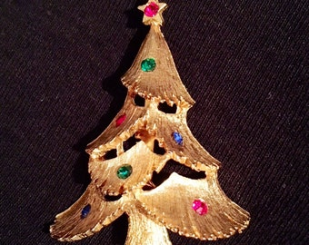 JJ Rhinestone Christmas Tree Brooch / Pin