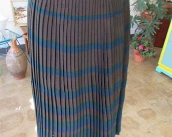 1960s Kammgarn Trevira Brown and Blue Plaid Skirt Size 40