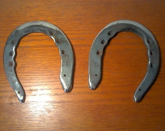 Hand made - Hand forged - Custom made horse shoes (Pair)