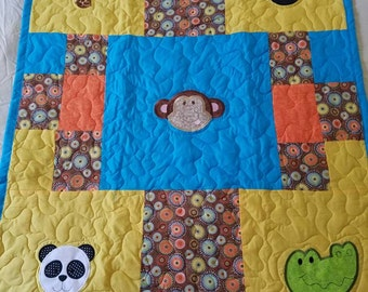Handmade Animal Applique Baby/Toddler/Child Quilt