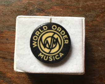 Vintage World Order Musica Small Button/Pin