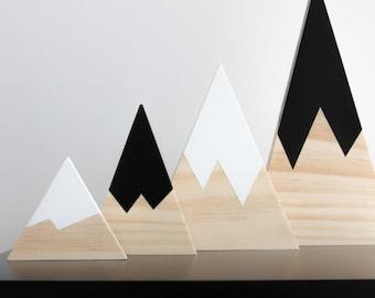 Pine Mountains, Set of 4, monochrome colours