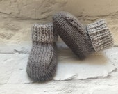 Grey baby booties hand knitted bootees neutral booties modern baby booties baby gift 03 months baby shower gift newborn baby gift