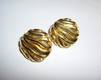 Judith Leiber Modernist 18K Yellow Gold Round Earrings Clips Vintage Rare