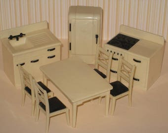 1950s Renwal Hard Plastic Dollhouse Cream Color (off-white) 8-Piece Kitchen Set