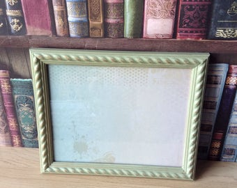 Photo frame / hand painted frame / shaby chic frame
