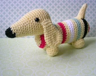 crochet Dachshund with div. colors, crochet dachshund with div. colors