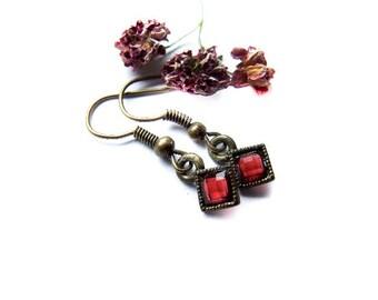 Small Ruby Red Earrings, Faceted Dark Red Earrings, Estate Style, Red Vintage Style Dangle Earrings
