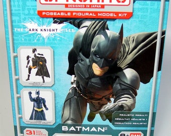 New Bandai Model Kit Batman Super Hero Dark Knight Rises 31 pc Sprukits Poseable Beginner level 1