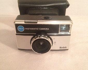 Camera vintage KODAK 155 X Instamatic Camera + Vintage Leather case