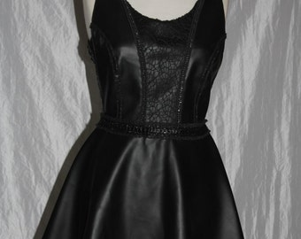 Leather dress - backless - briefly - in gr. 38