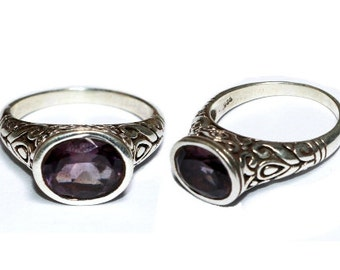 925 Solid Sterling Silver Natural Amethyst Gemstone Ring / Faceted Oval Cut Stone Ring / Semi Precious Gemstone Ring / Size US 8 R15