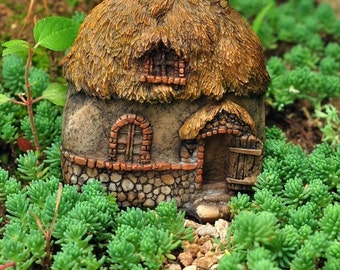 Fairy Garden  - Thatched Roof Fairy House 1 - Miniature