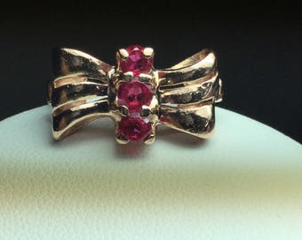 Ruby Ribbon Ring 14 Kt Rose Gold