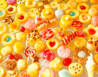 Sweets Deco, Macaroon, cookies, Crepe, Cabochon Food Assortment, Air Dry Clay, 50 pcs, Deco Parts Assortment / sweets Deco 50 pieces with assorted (B120)
