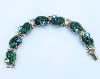 Emerald Green poured glass and aurora borealis book chain bracelet AA467
