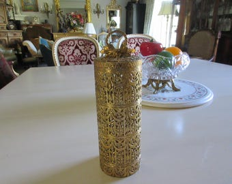 GOLD FILIGREE HAIRSPRAY Can Cover